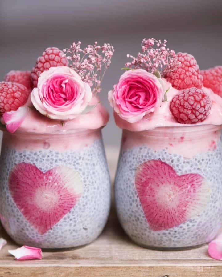 Chia pudding jars with strawberry smoothie topping