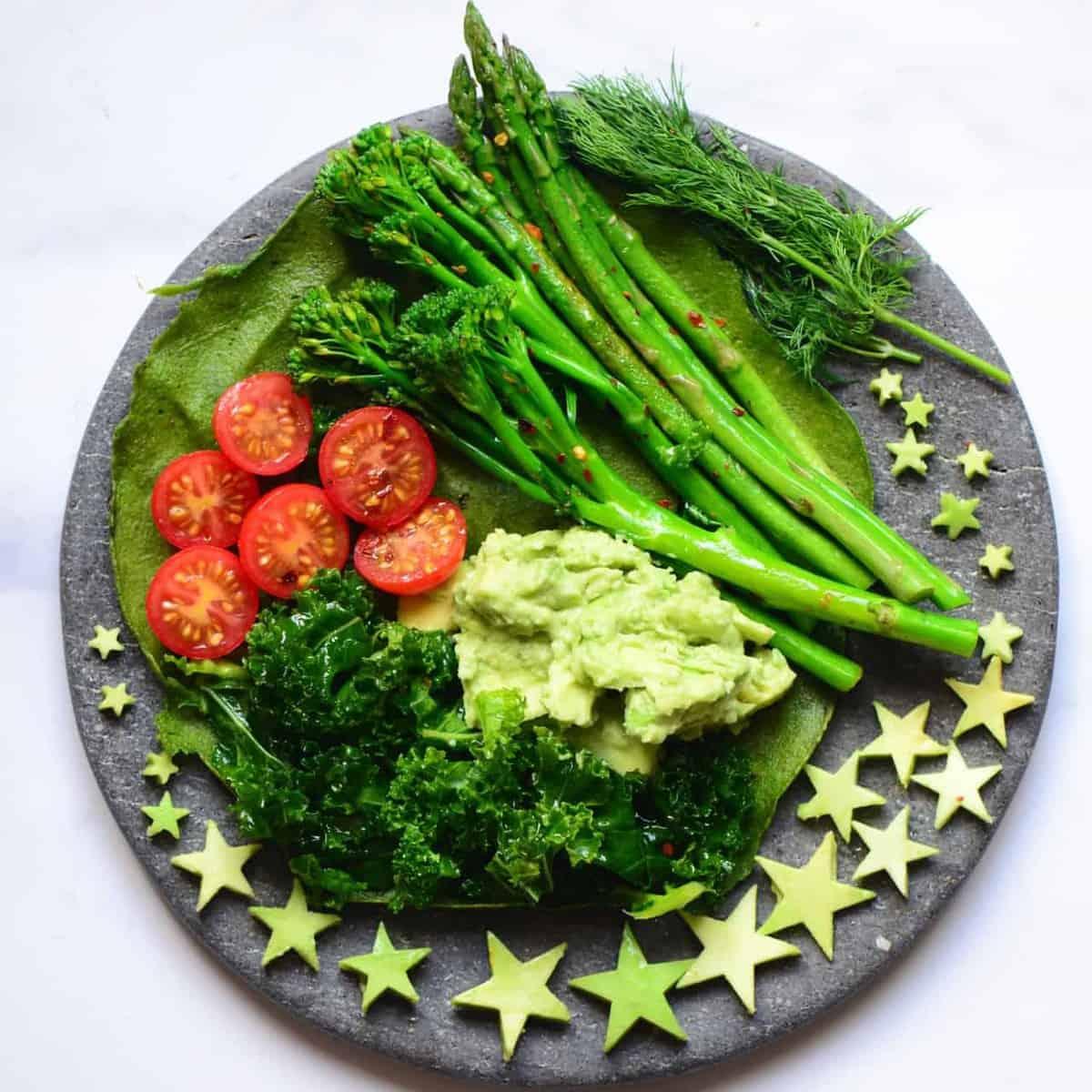 Protein green pancake topped with veggies