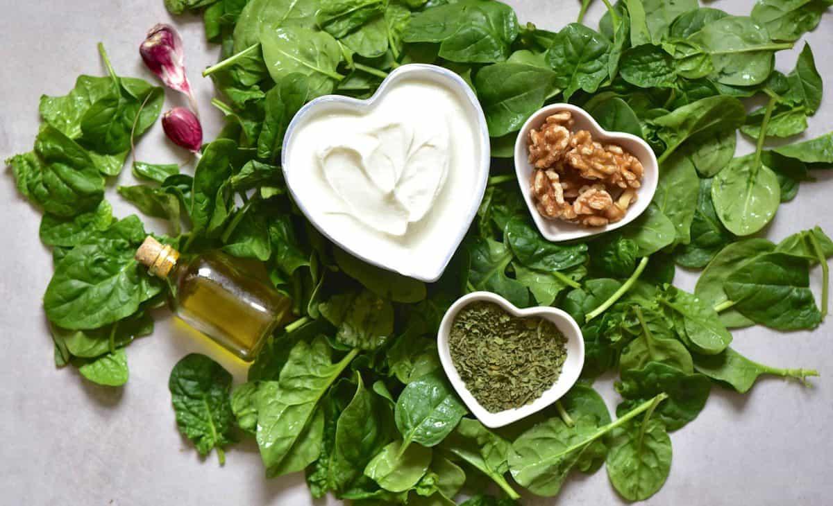 Spinach yogurt dip ingredients