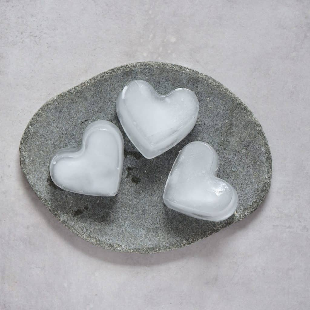 Heart-shaped ice cubes for the Avocado Chocolate Mousse