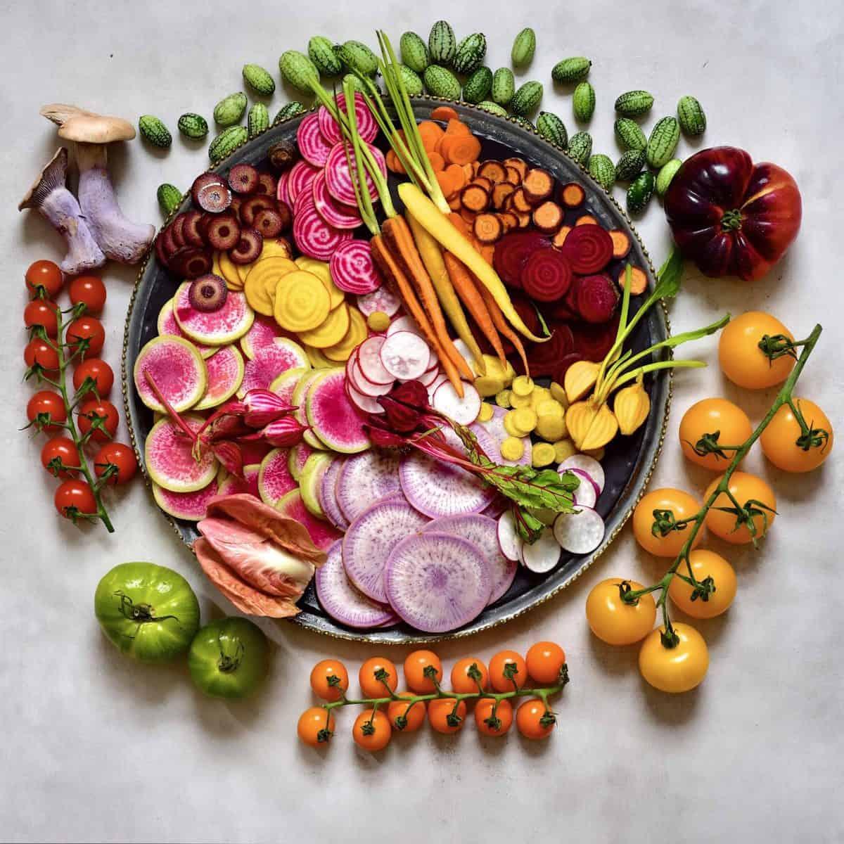 Veggie platter with rainbow veggies