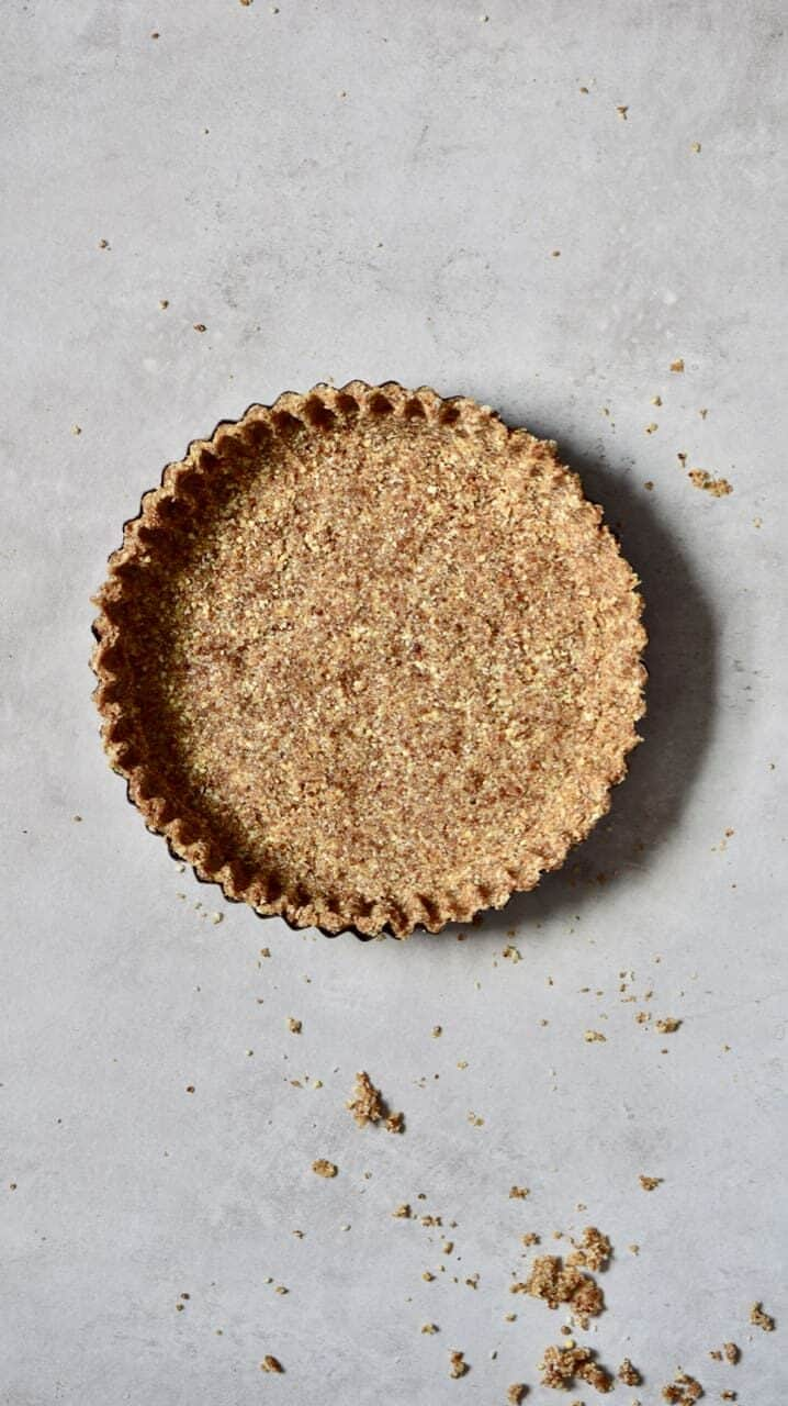 almond and coconut raw vegan tart crust