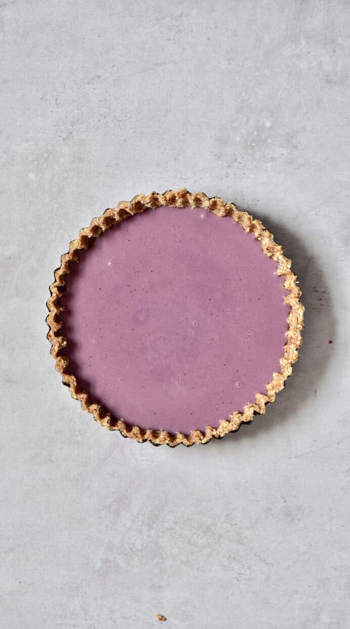 healthy no-bake, refined sugar free, vegan earl grey blueberry tart