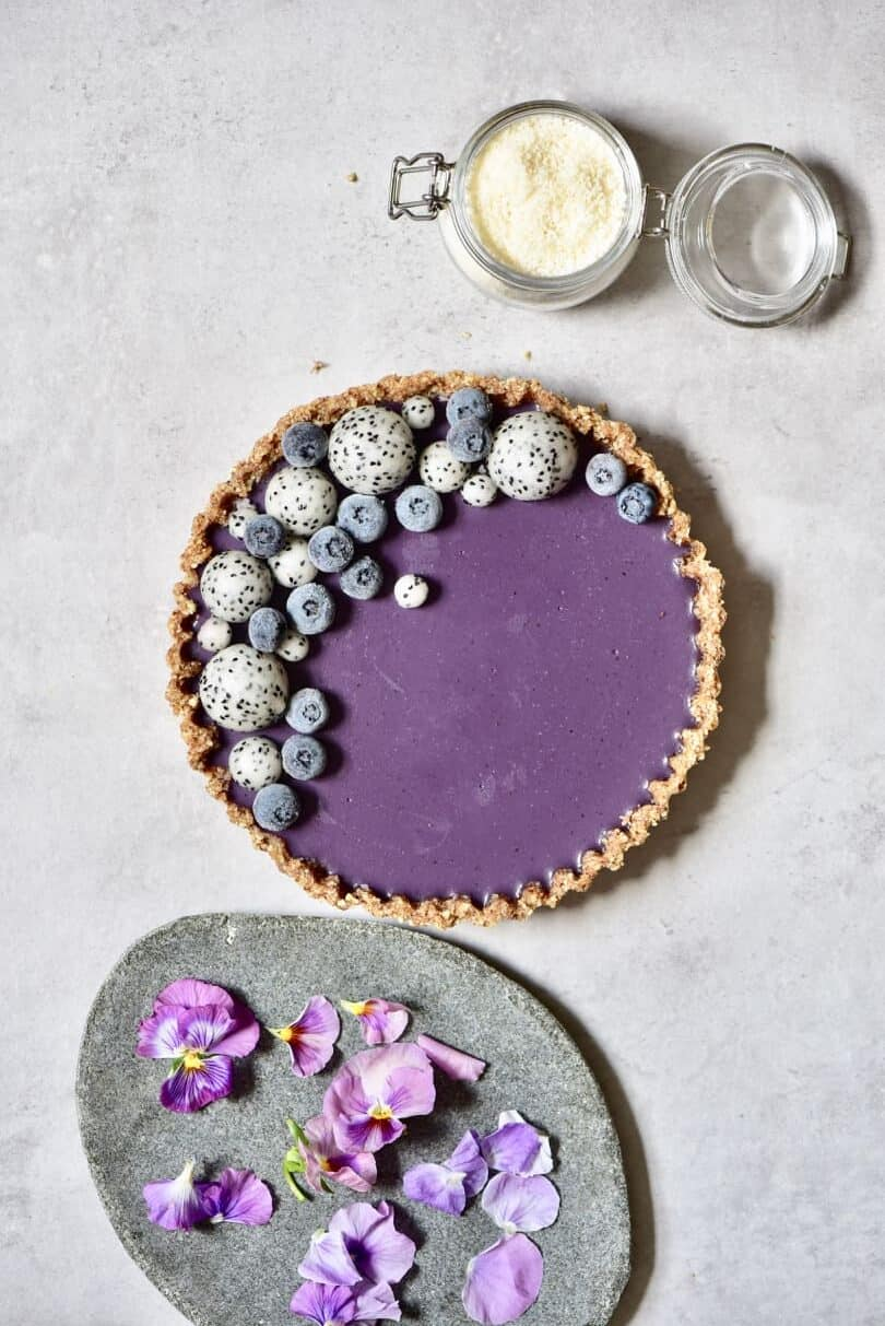 healthy no-bake, refined sugar free, raw vegan earl grey blueberry tart