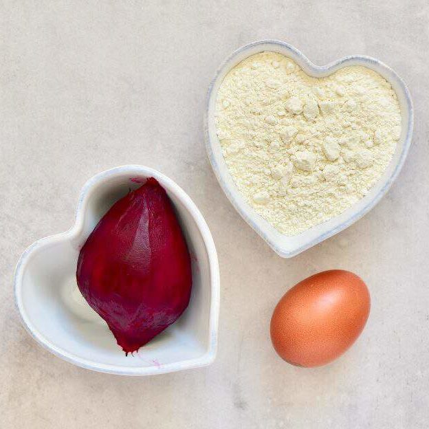 beetroot, flour and an egg to make homemade beetroot pasta