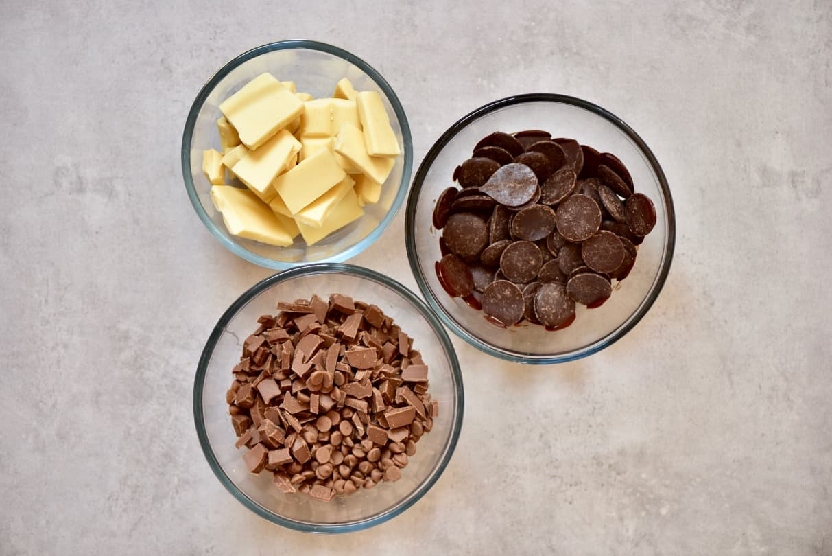 dairy free chocolate in bowls