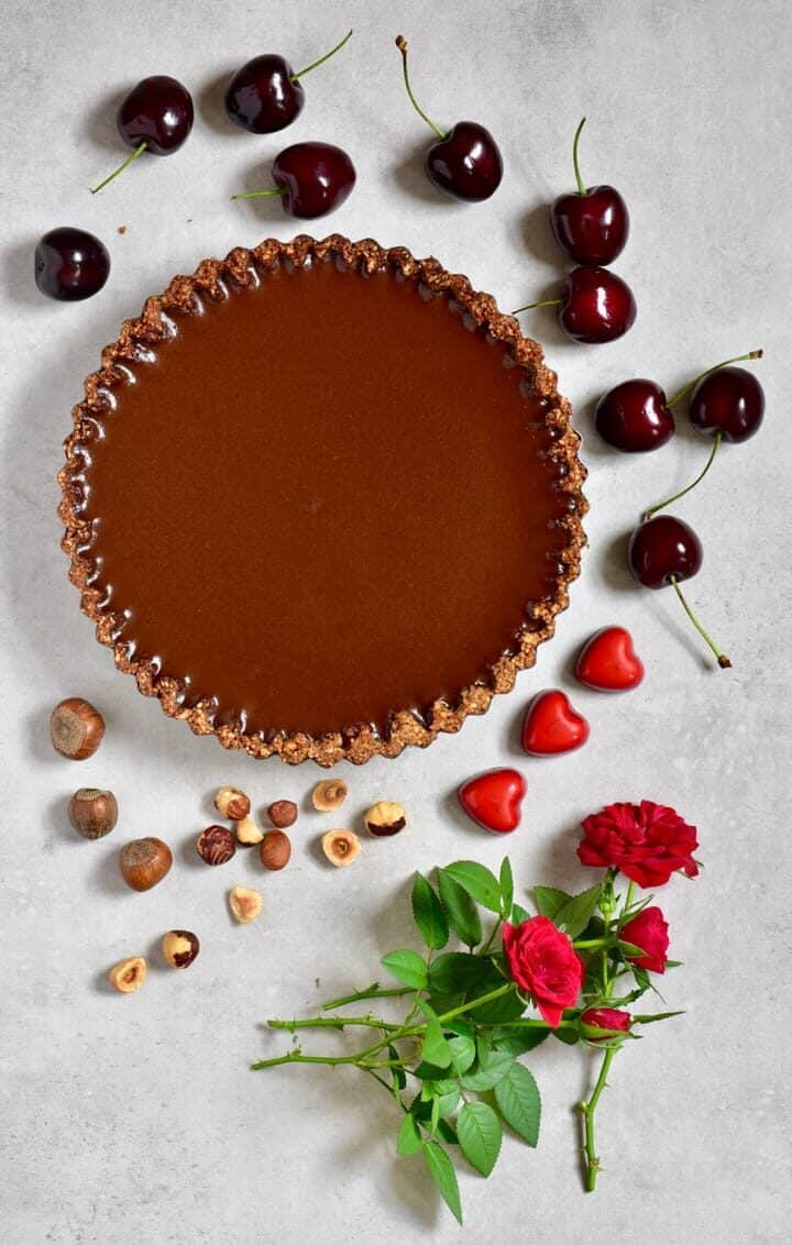 Decoration options for vegan chocolate cherry tart