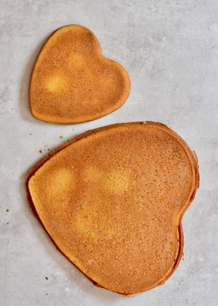 Heart shaped cake base