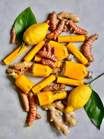 Ginger Turmeric immune-boosting energy shots ( juicer recipe). Also including the benefits of ginger and benefits of turmeric. Using just 4 ingredients and 10 minutes.