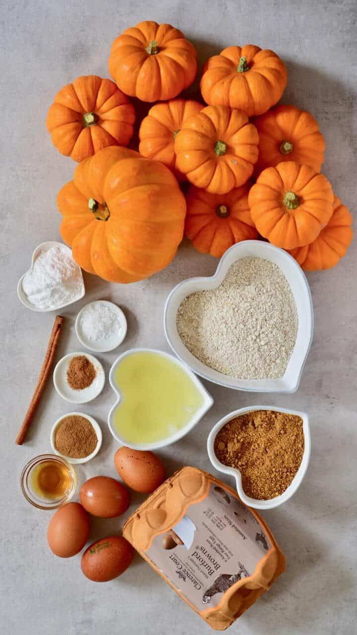 ingredients for pumpkin cakes