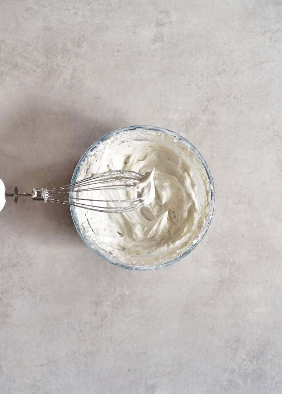 Coconut cream frosting