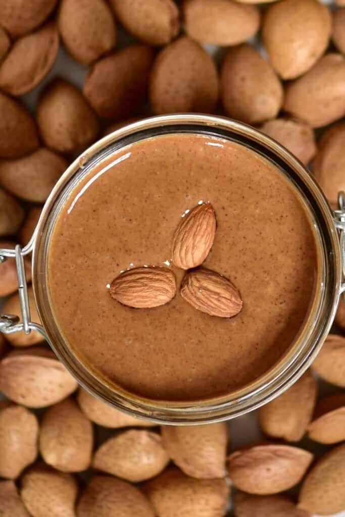 Homemade almond butter. Oil-free, vegan, refined sugar-free