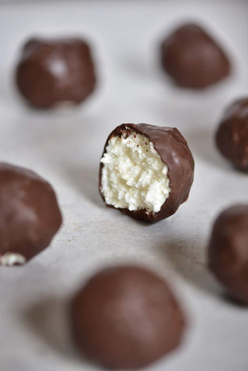 3 Ingredient Vegan coconut bliss balls. Healthy bounty bites that are refined sugar free, low-carb, gluten-free and a healthy vegan snack