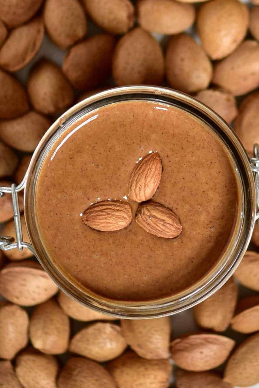Homemade almond butter. Oil-free, vegan, refined sugar-free