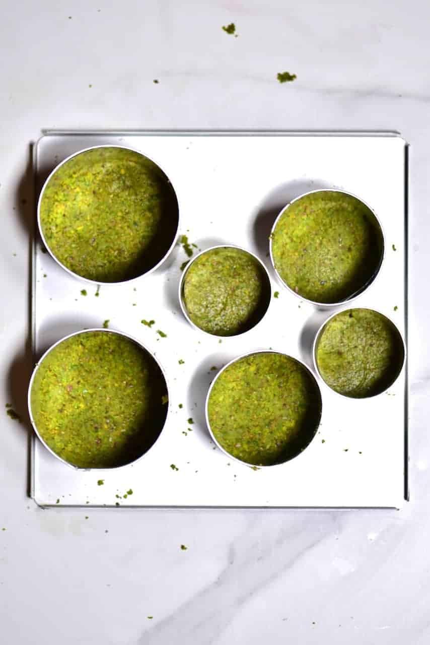 pistachio cheesecake base