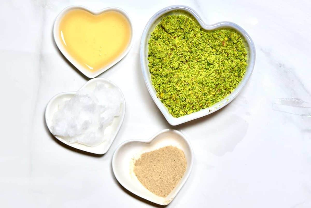 pistachio raw vegan cheesecake base