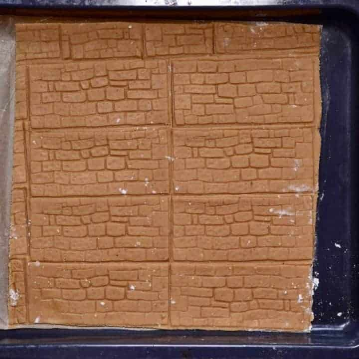 textured walls using a homemade gingerbread house template