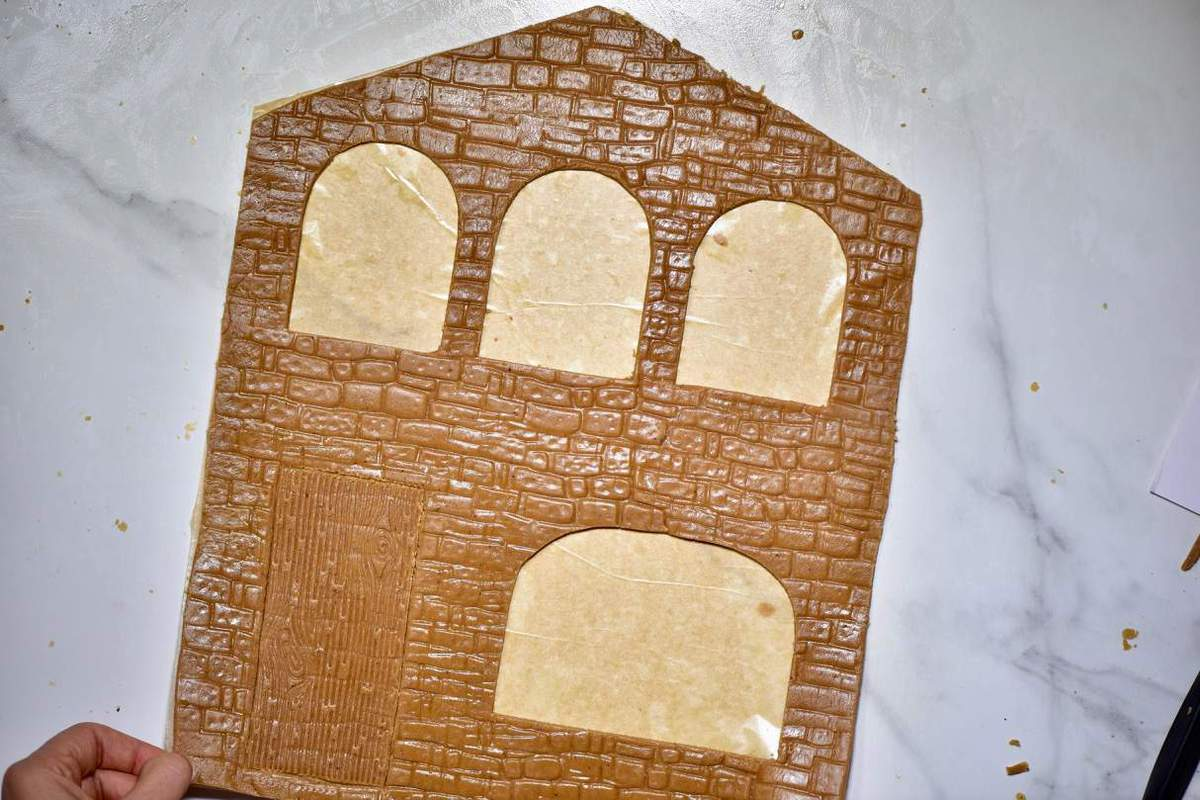gingerbread house wall template with cut off windows
