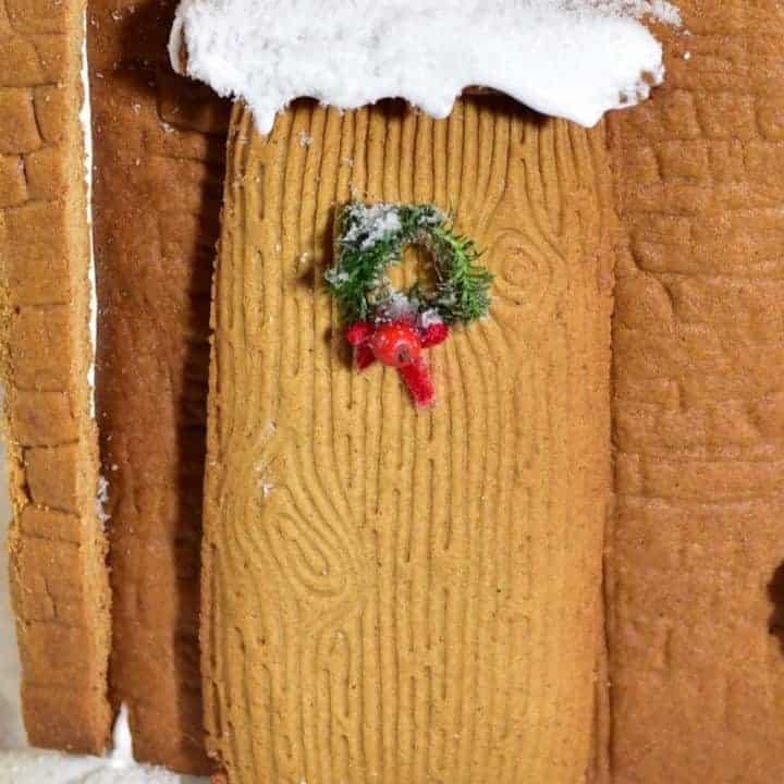 mini wreath on christmas cookie