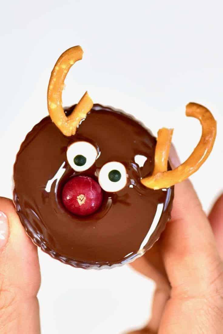 5 Ingredient Healthier Vegan Chocolate Peanut Butter Cups