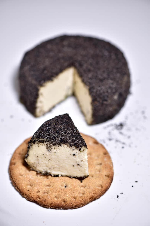 black peppercorn crusted vegan cashew cheese. christmas and thanksgiving vegan cheese recipe