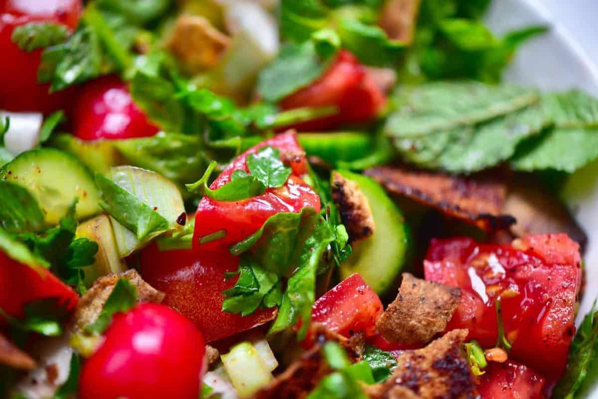 healthy traditional fattoush salad
