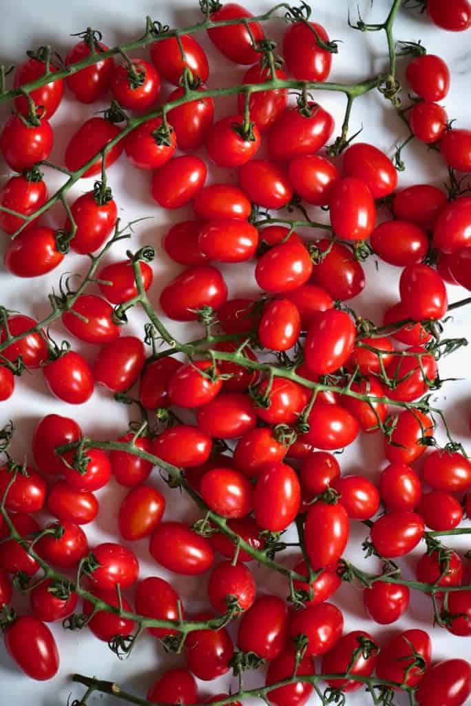 organic stem tomatoes
