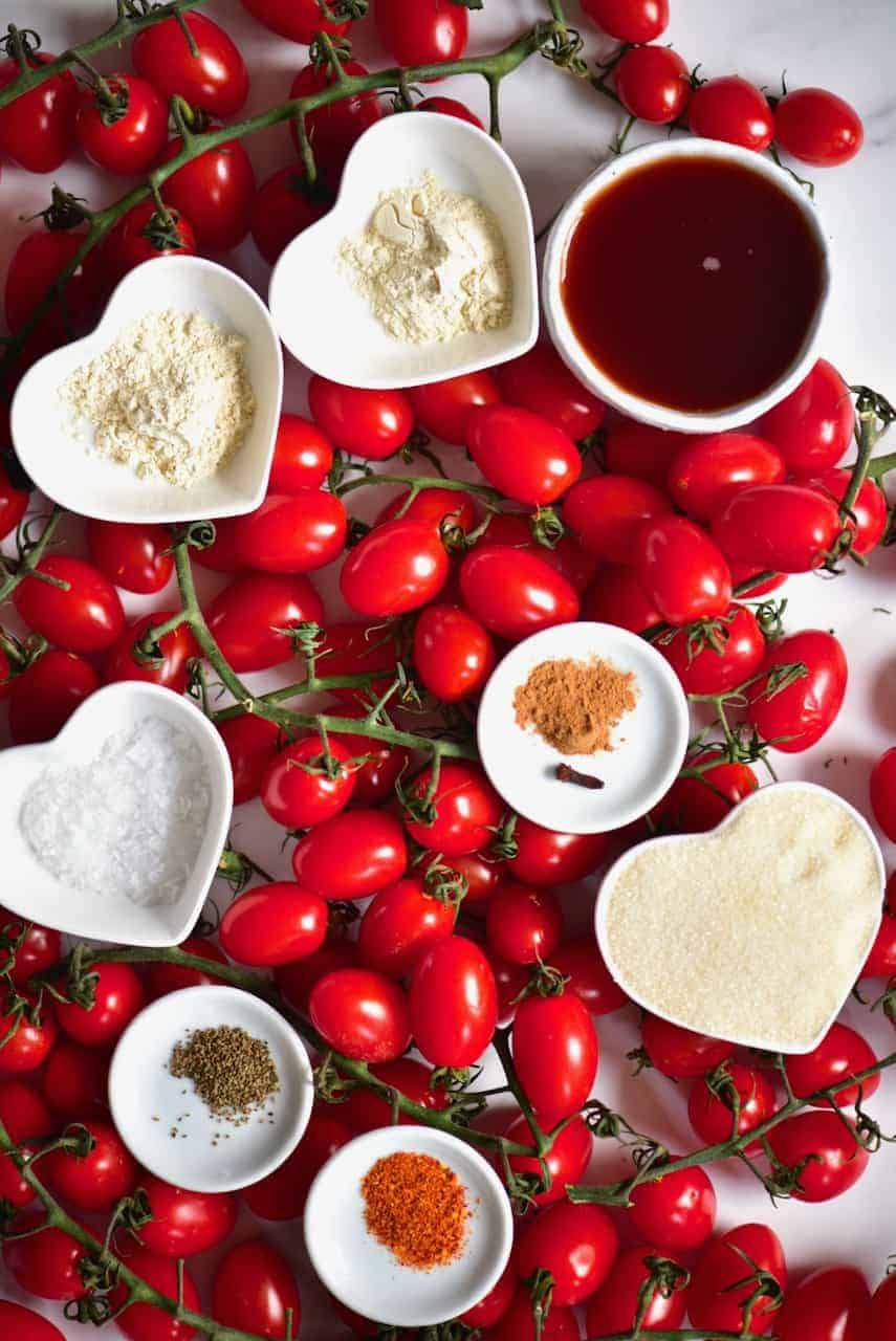 the ingredients to make a simple homemade ketchup
