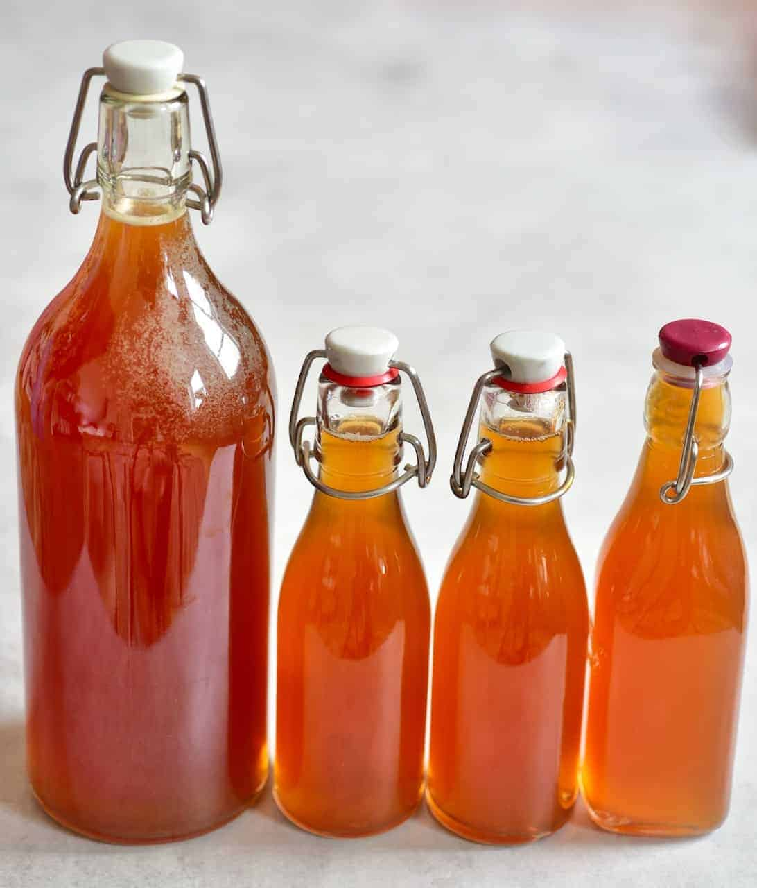 homemade kombucha diy in glass bottles