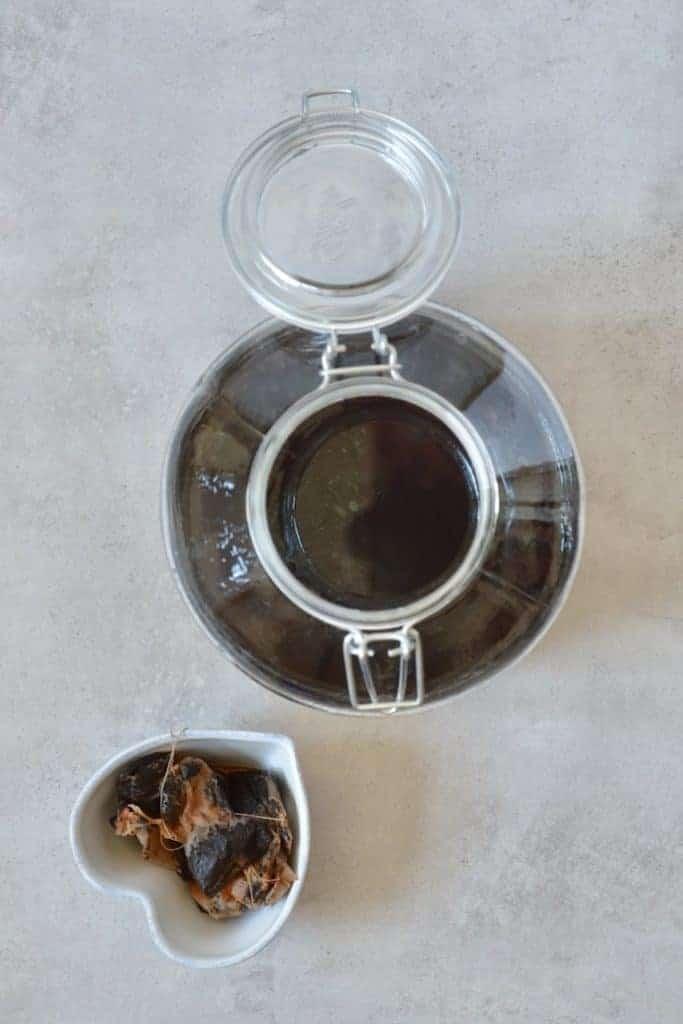 large batch of sweet tea for kombucha DIY