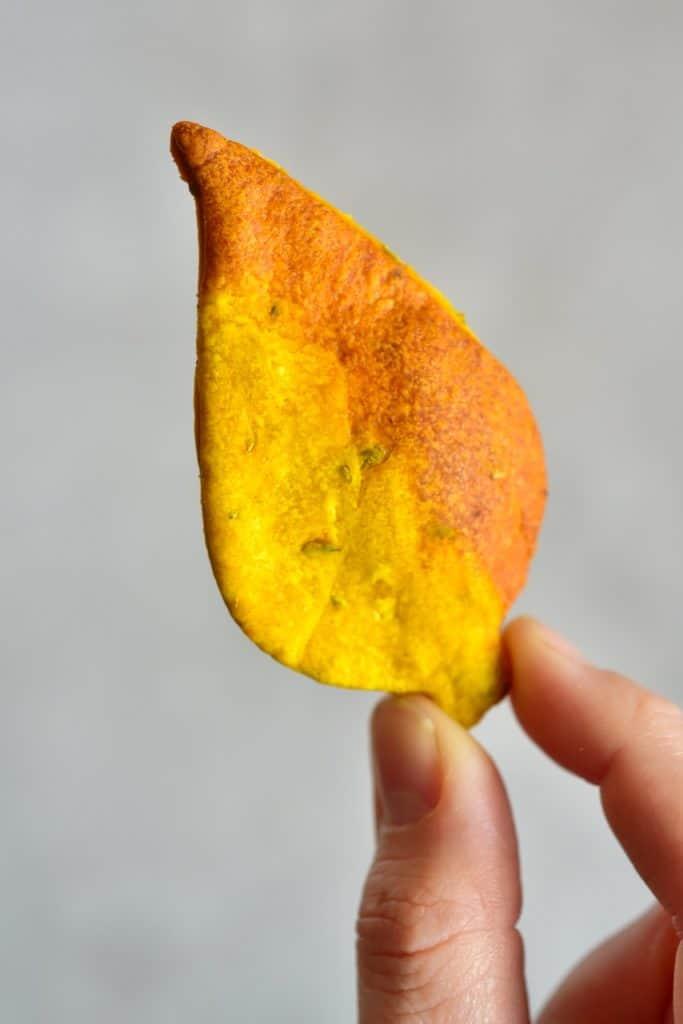 Yellow Autumn Leaf Cracker