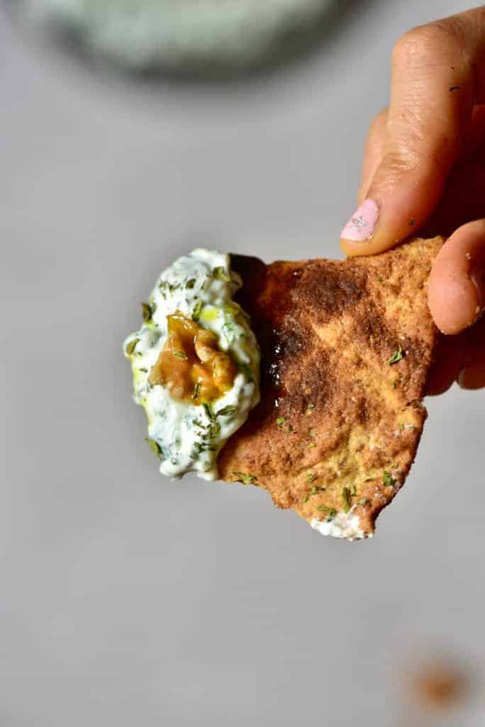 spinach yogurt dip served on pita bread