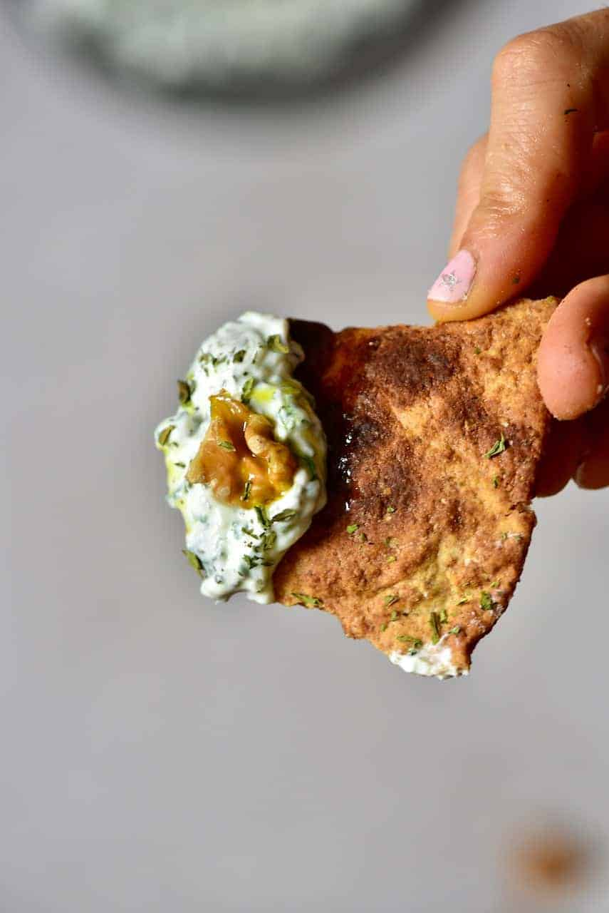 spinach yogurt dip served on pita bread