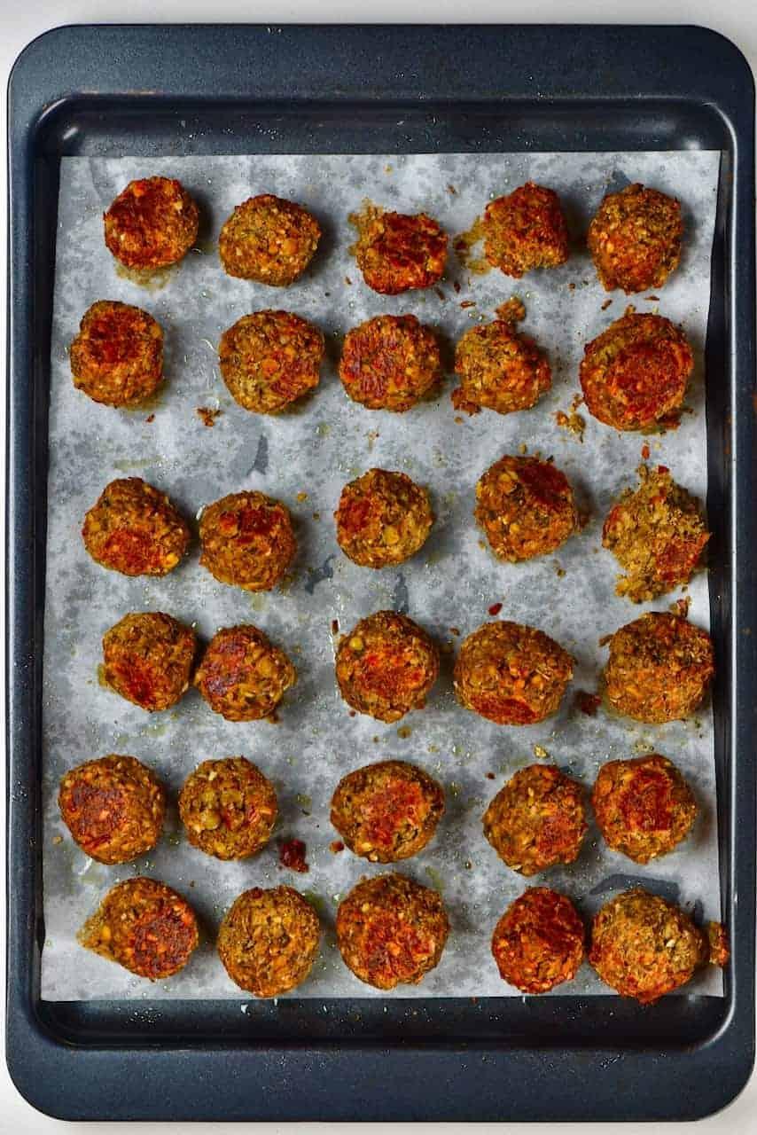 Baked lentil meatballs