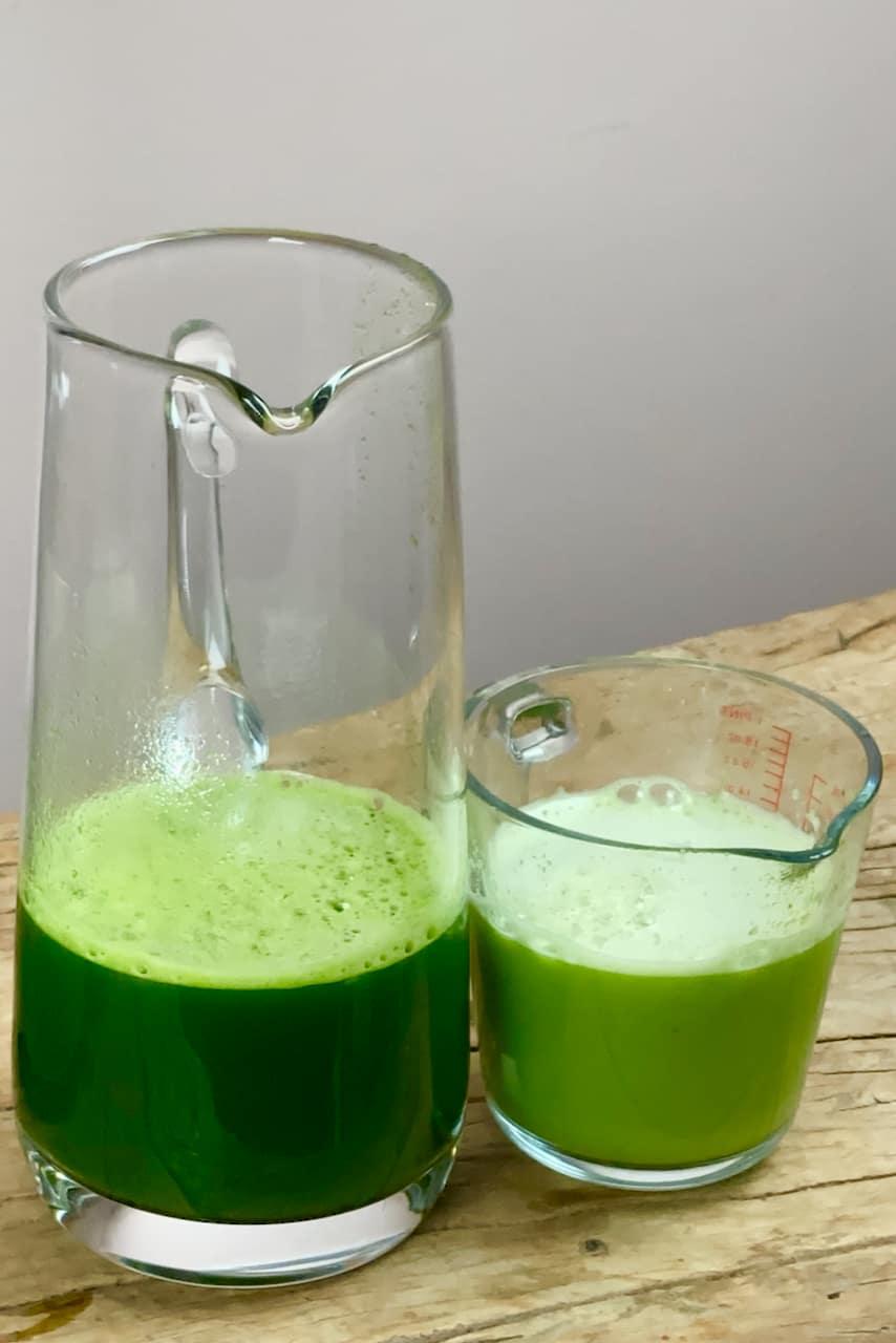 Celery juice and apple juice