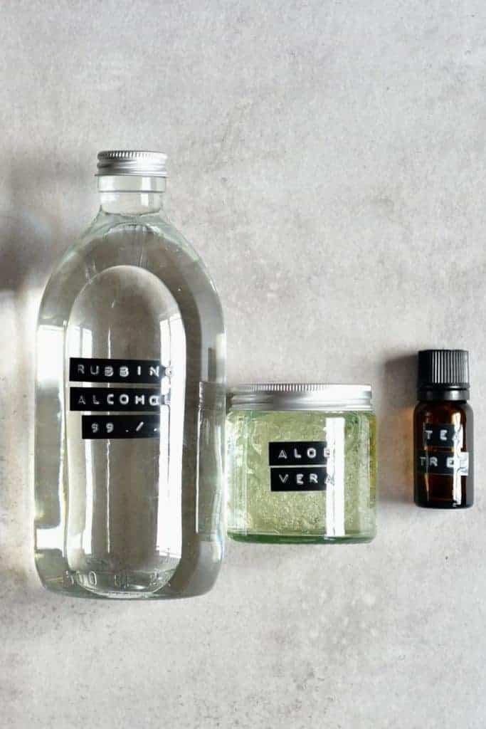 Rubbing alcohol aloe vera and tea tree oil
