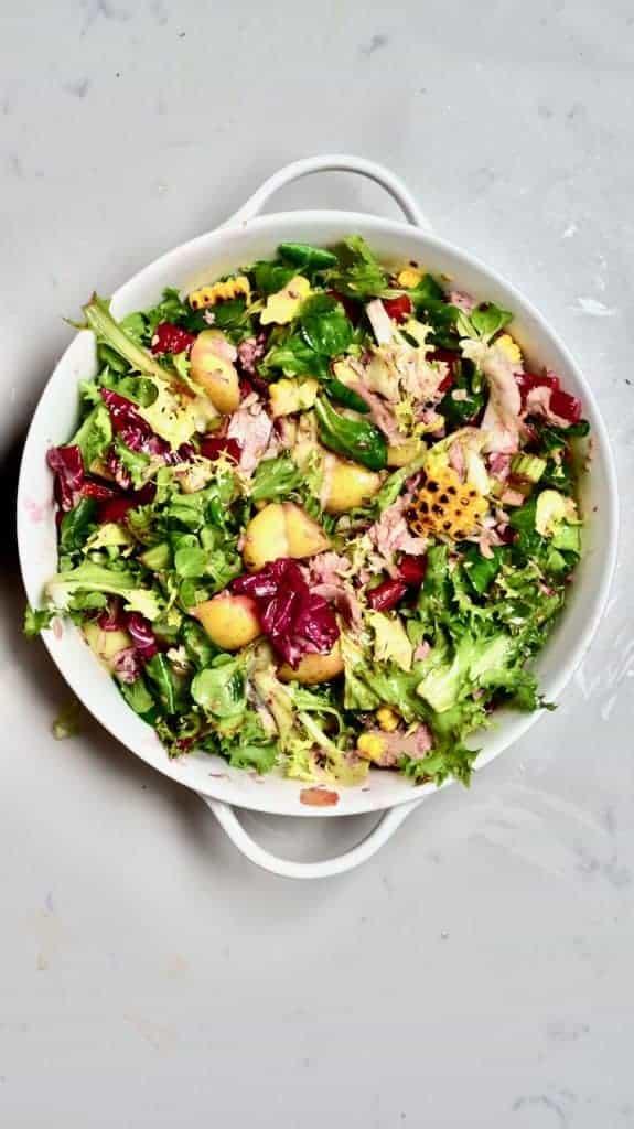Mixed Tuna Pomegranate Salad