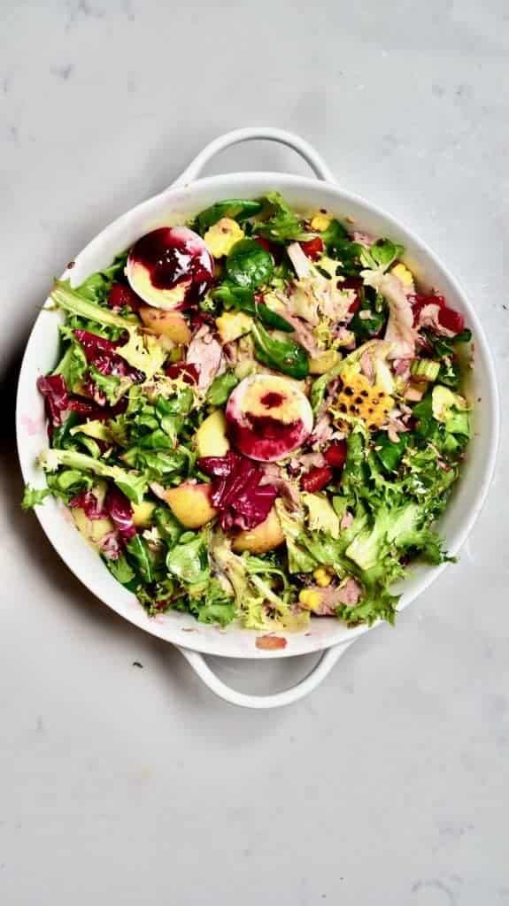 Mixed Tuna Pomegranate Salad with an egg
