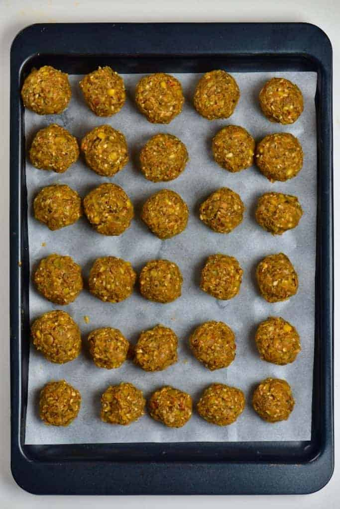 Lentil meatballs arranged in tray