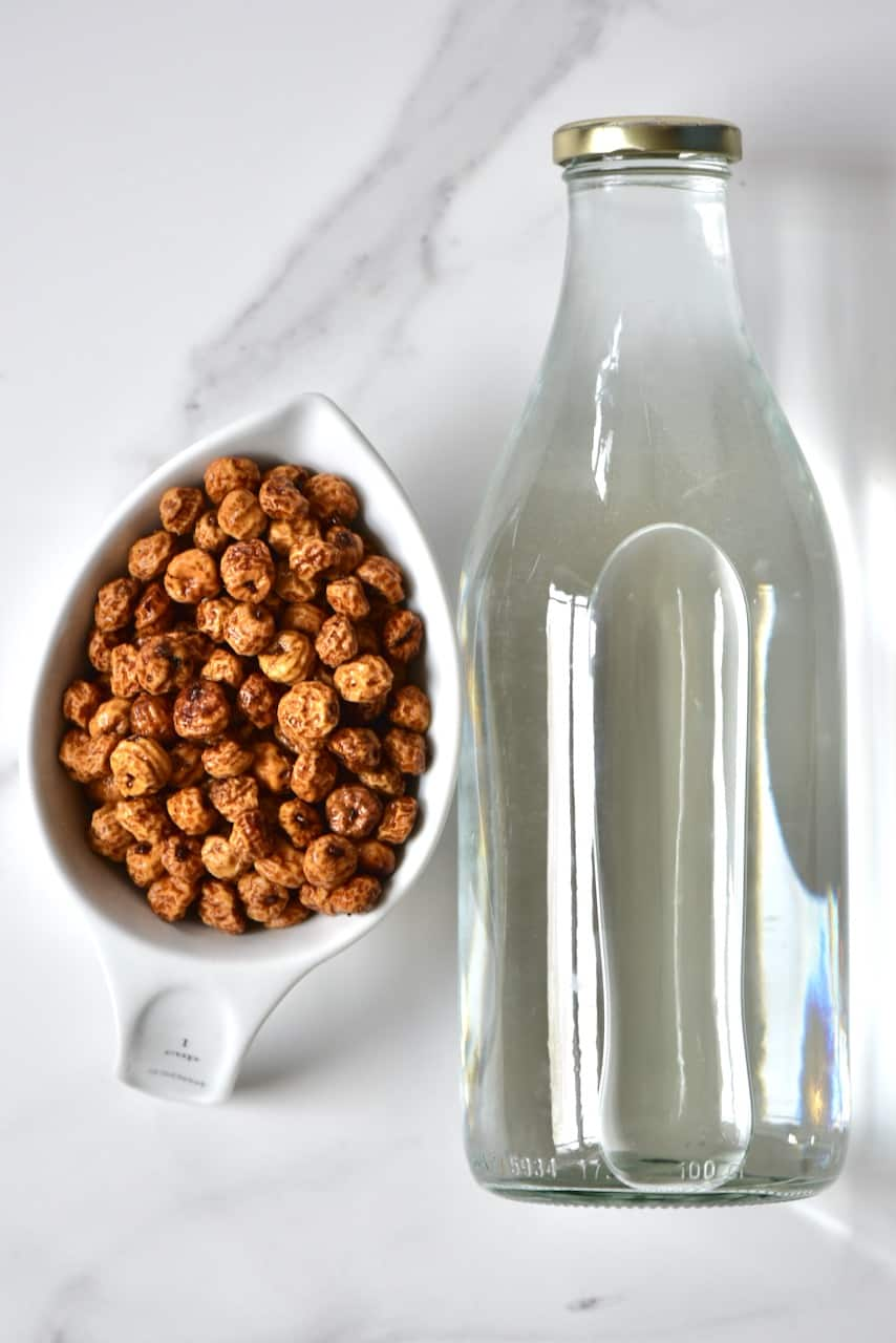 Tigernut tubers and a bottle of water
