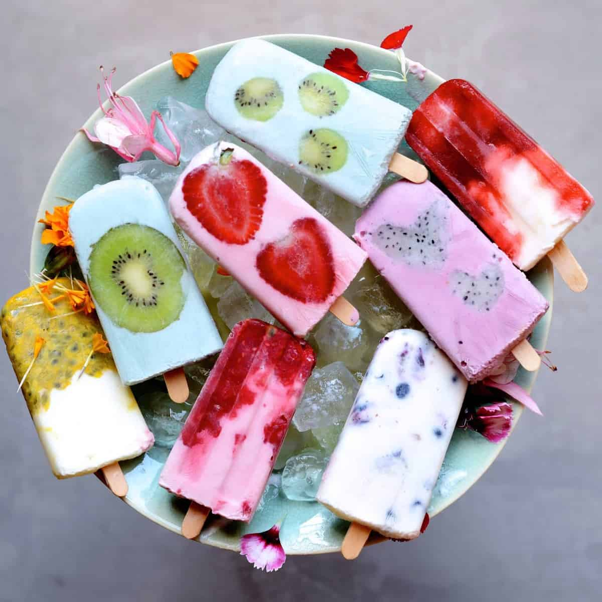 Yogurt lollies