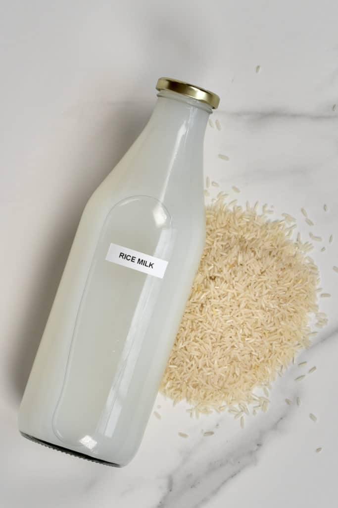 Rice milk with rice next to it