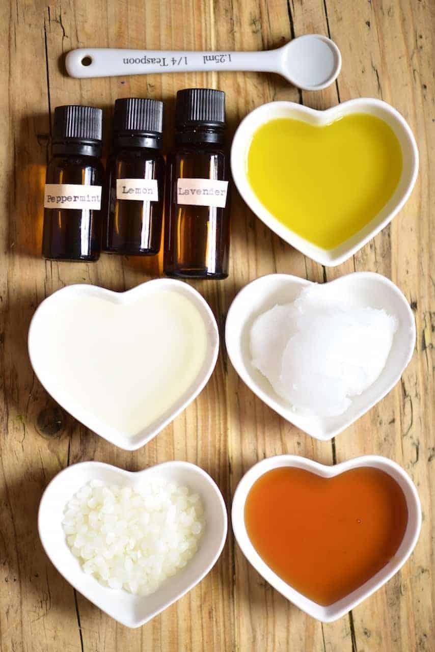 Ingredients for natural hand moisturiser
