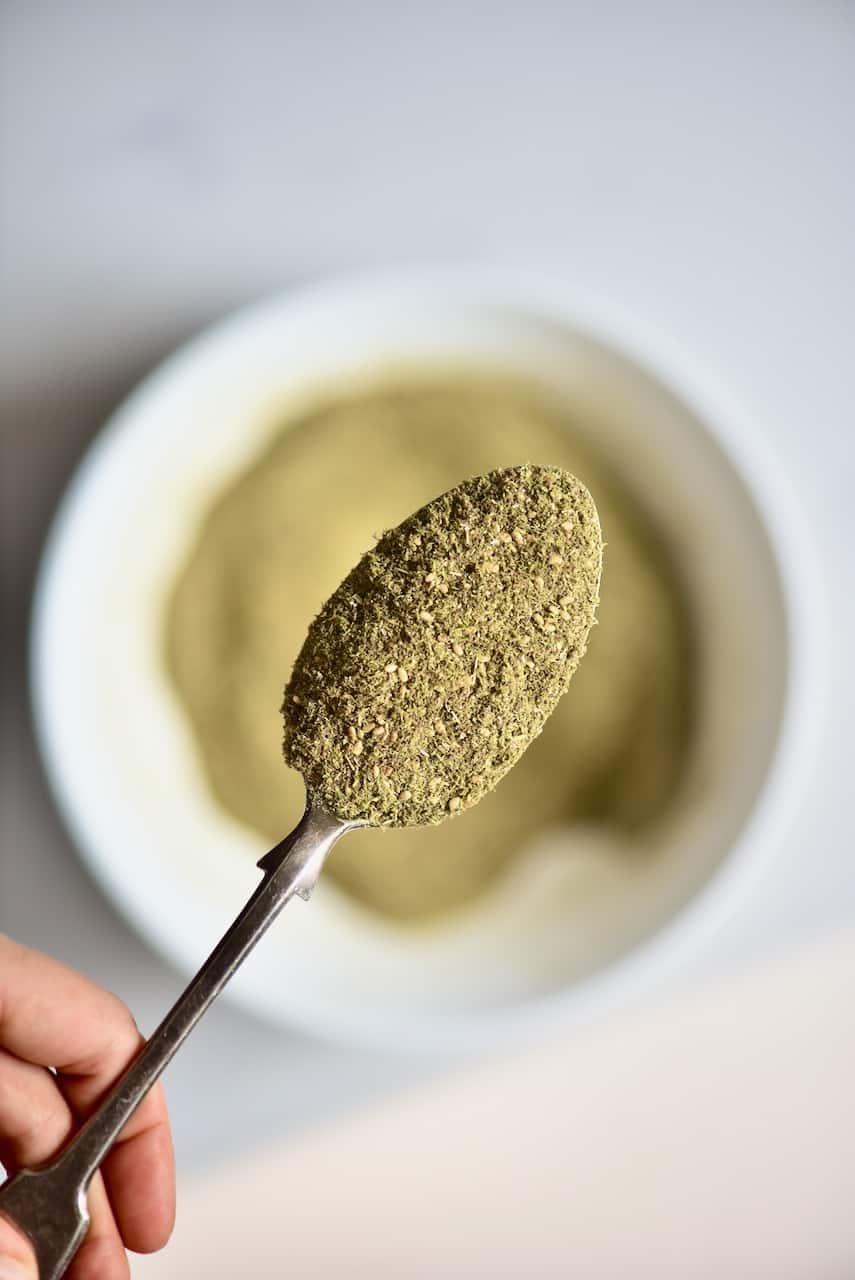 homemade Lebanese zaatar spice blend ( za'atar)