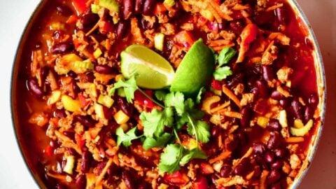 Simple Vegan Chilli Con Carne Recipe Alphafoodie