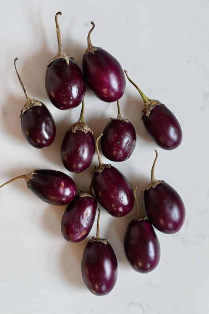 Baby eggplants aubergines