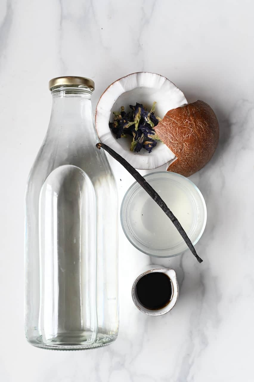 Ingredients for Blue Bantha Milk