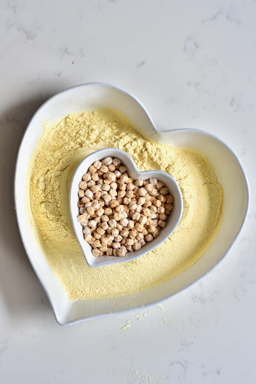 chickpeas and chickpea flour