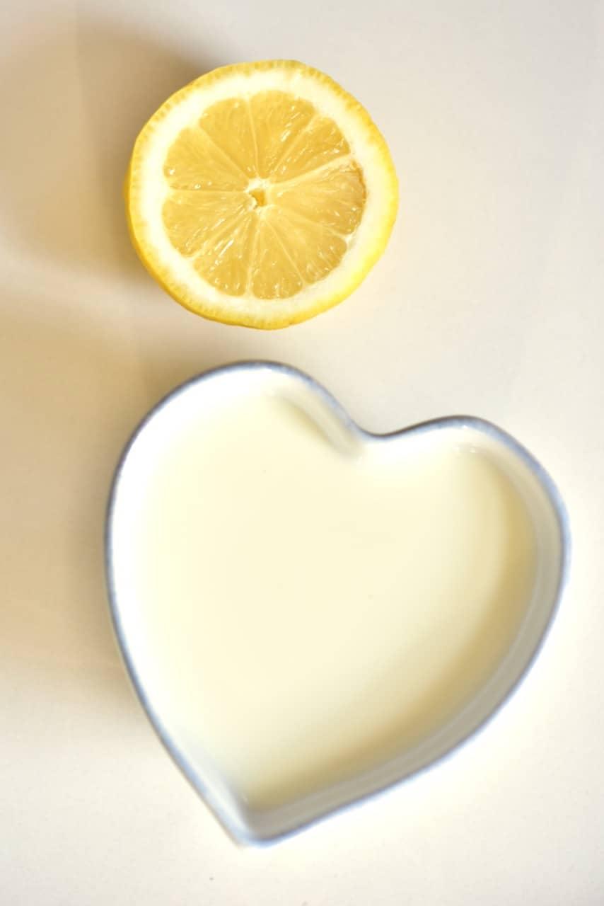 ingredients for making buttermilk alternative