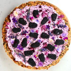 blackberry granola pizza